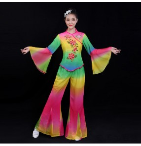 Women rainbow colored chinese folk dance costumes Northeast Yangko costume female adult Fan Umbrella Dance Costume Square Dance Set