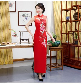 Women red yellow chinese dresses traditional oriental cheongsam qipao dresses daily banquet performance catwalk waiter miss etiquette show host dress