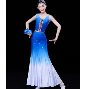 Women's blue gradient colored chinese folk dance costumes dai minority ethnic peacock dance costumes belly dance fishtail skirts