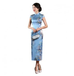 Women's Chinese dresses china qipao dresses oriental retro party show miss etiquette blue floral silk cheongsam dress for female