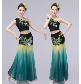 Women's chinese folk  dance costumes dai thailand style peacock stage performance mermaid fishtail skirts belly dance costumes for female