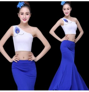 Women's chinese folk dance costumes peacock dance mermaid skirts modern dance group stage performance costumes