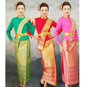 Women's Chinese traditional Yi Minority stage performance costumes female Thailand festival celebration photography drama cosplay robes clothes