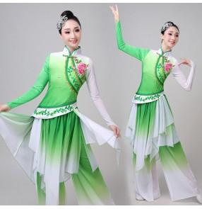 Women's green chinese folk dance costumes fairy dress ancient traditional yangko umbrella fan dance dresses