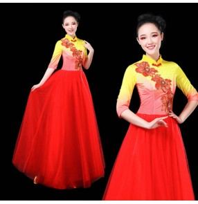 Women's modern dance chorus singers dresses fairy pink red yellow blue white stage performance oriental group dance classical dance dresses costumes
