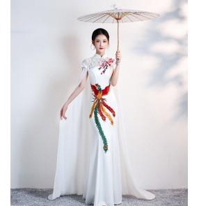 Women white red oriental qipao cheongsam phoenix dresses  with cape catwalk cheongsam costume women white long banquet solo singers host miss etiquette dresses